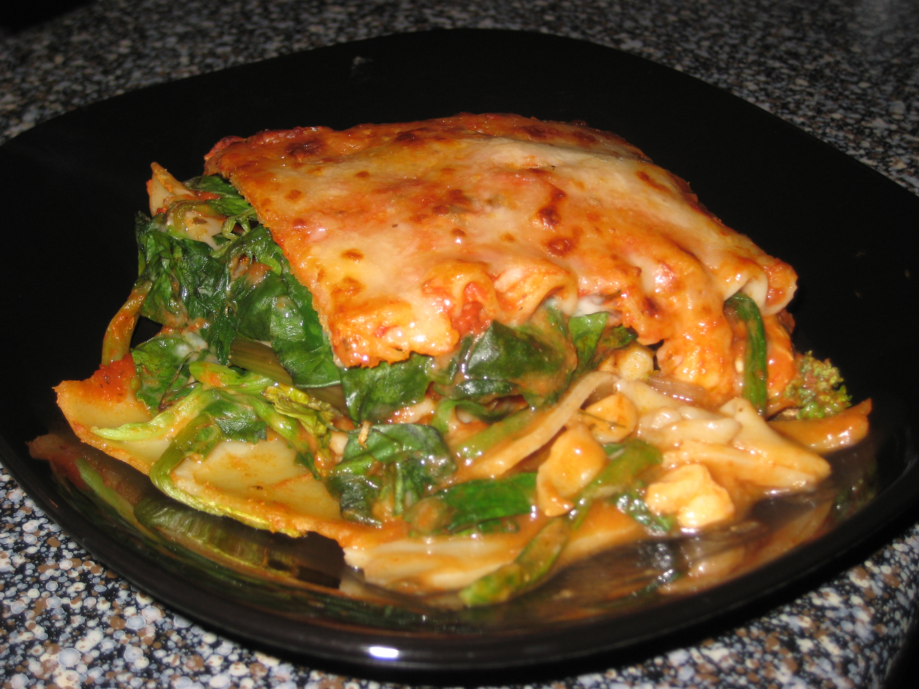 Project Foodie: Chicken, mushroom & spinach lasagna!! | Project Roe